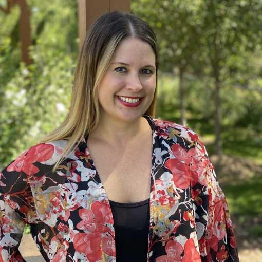 Lindsay Levi